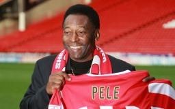 Известный футболист Пеле фото