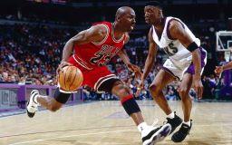 Звезда баскетбола Майкл Джордан фото